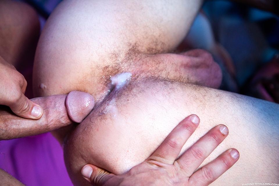 Riley Mitchel Jay Austin bareback flip fuck gay hot daddy dude men porn Bounty Hunters