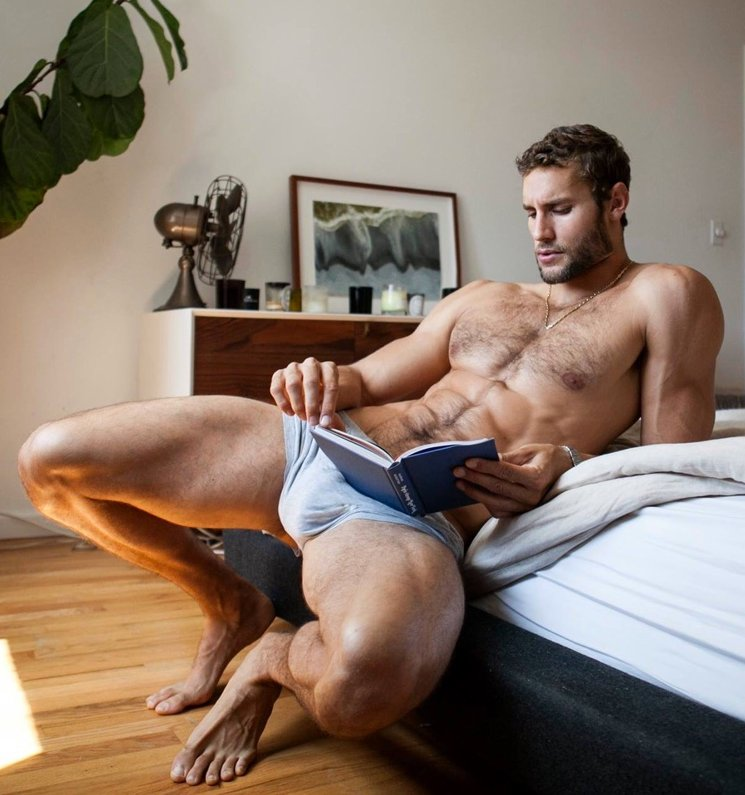 Franco Noriega gay hot daddy dude men str8 sexting cruising