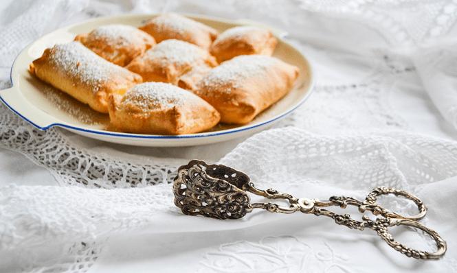 Blätterteigtaschen mit Vanillepudding