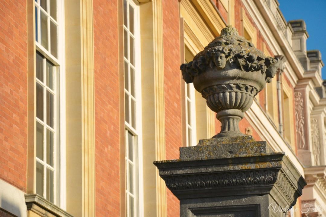 Hampton Court Garden
