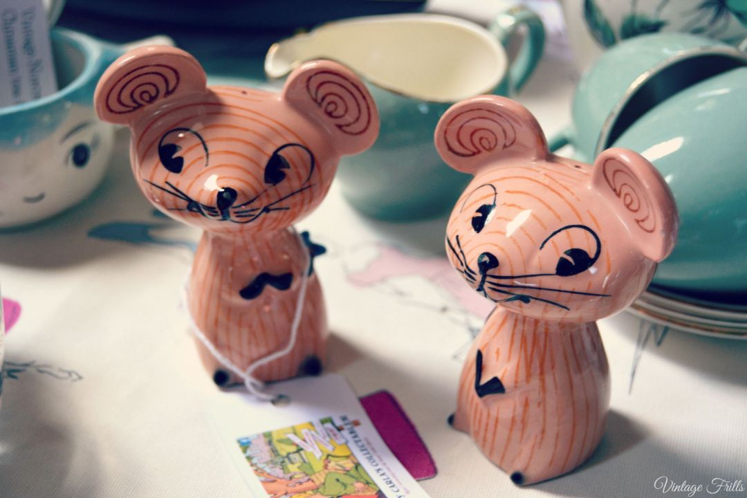 Mid Century Market 1950s Mouse Salt and Pepper