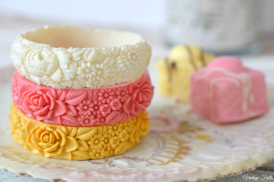 Cath Kidston Celluloid Style Moulded Bangles