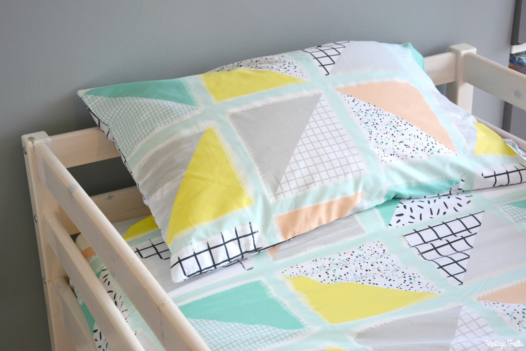 jesss-room-grey-and-mint-primark-bedding