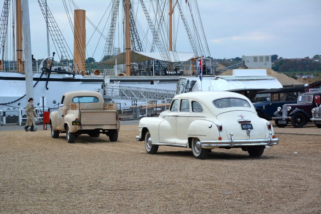 salute-to-the-40s-classic-cars
