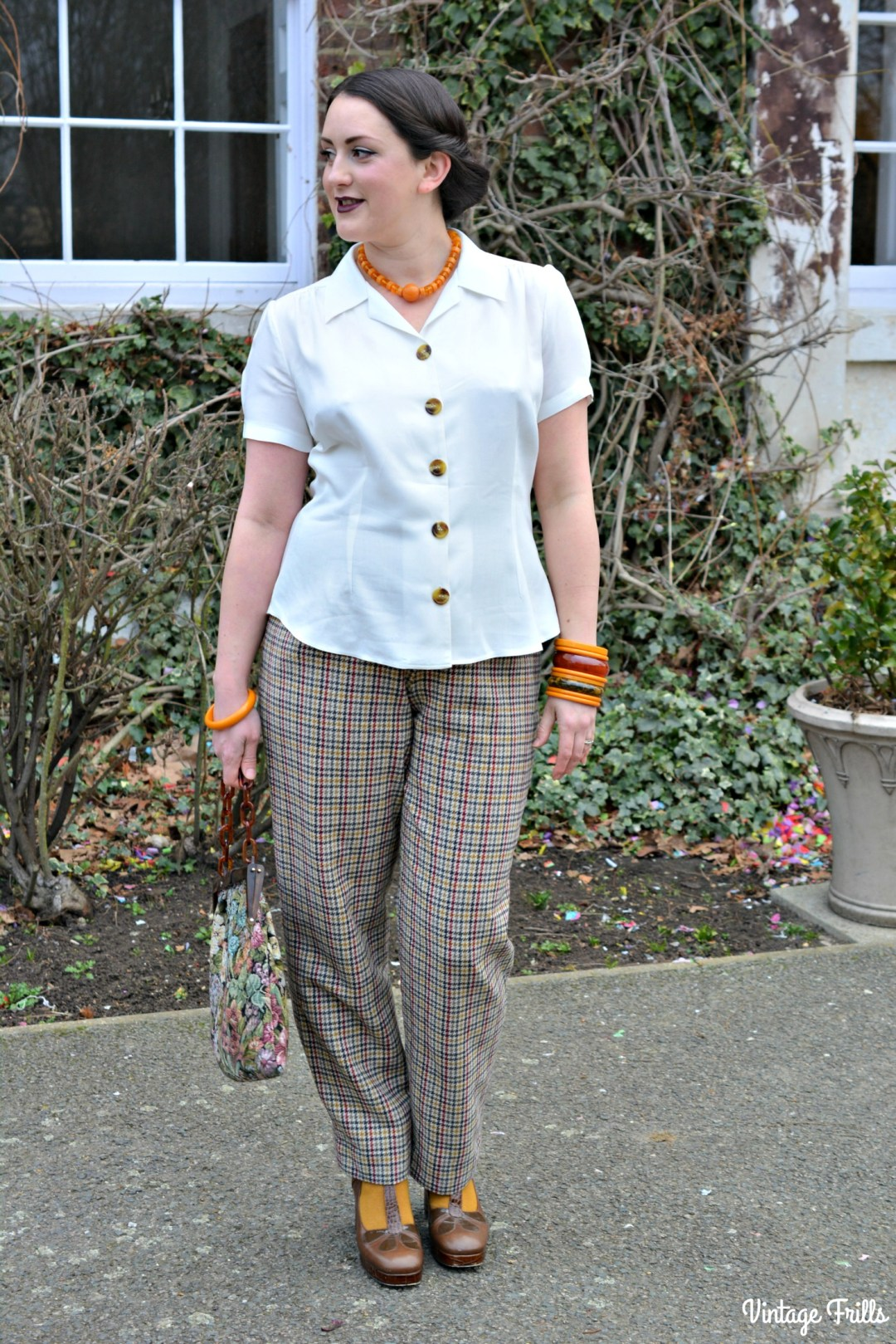 Pretty retro 40s style blouse review