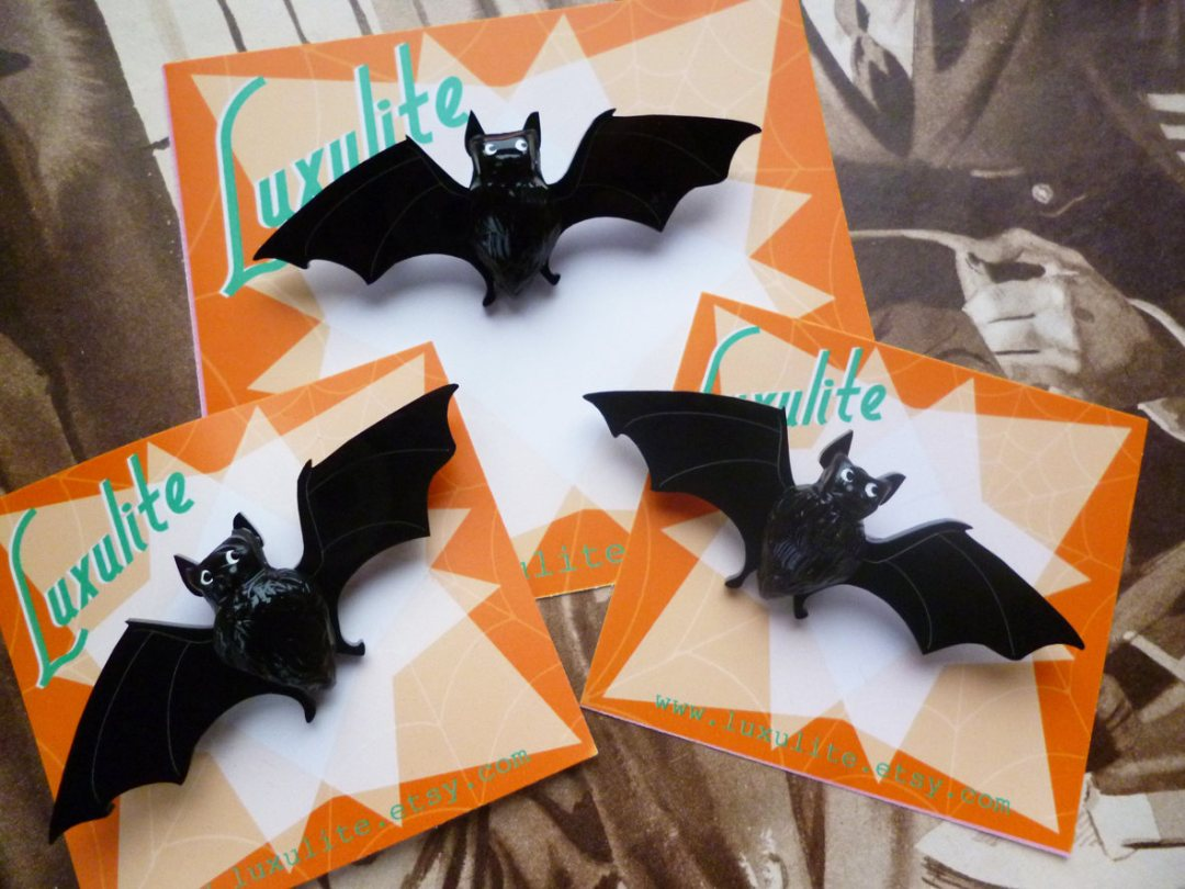 Etsy Halloween Decorations Luxulite Bat Brooch