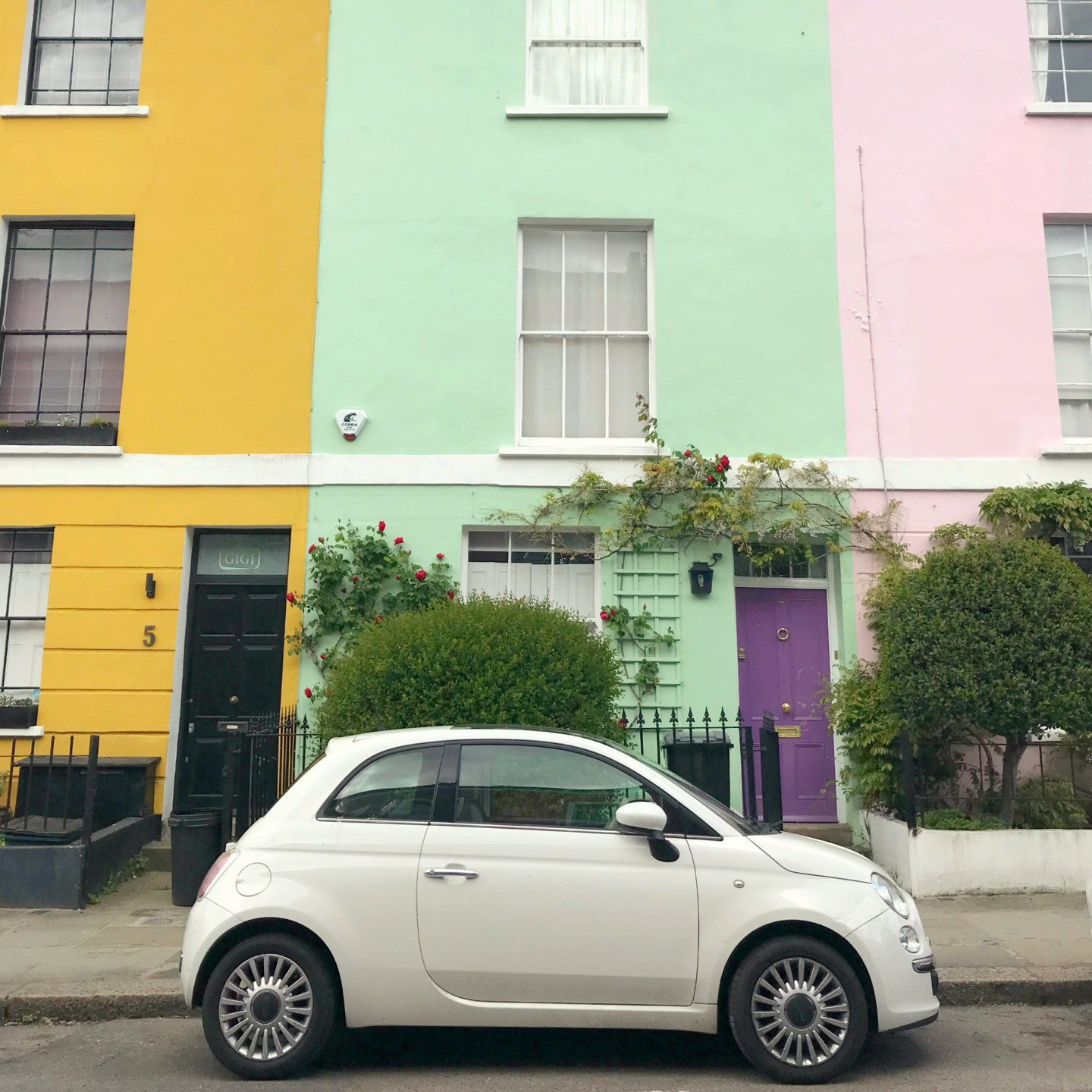 10 Colourful Streets in London to Take Instagram Pictures | Falkland Street