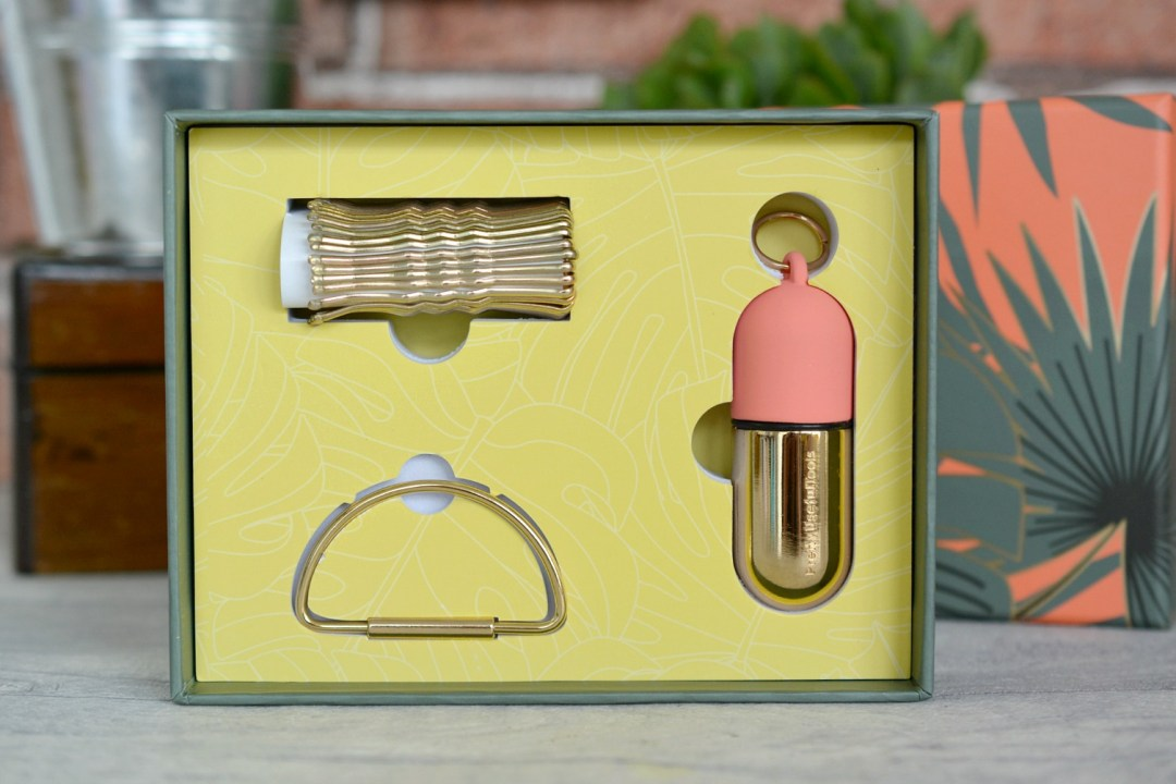A Pretty Useful Bobby Pin Caddy | Pretty Useful Tools Hideaway Caddy from Prezzybox