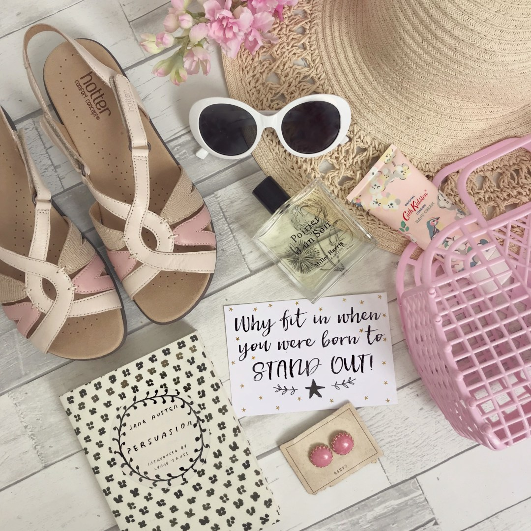 How to Create Gorgeous Fashion Flat Lays | Vintage Frills
