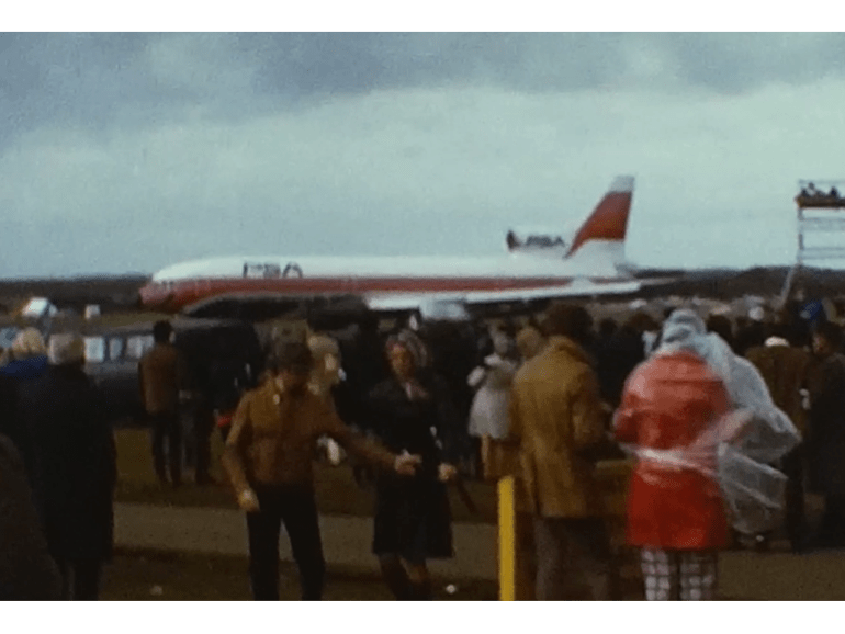 An exciting Air Display from the 1970s 5