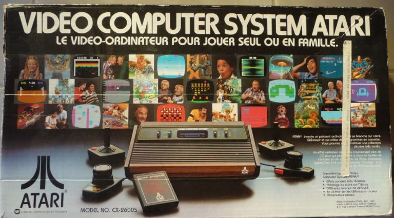 Packaging de la la console Atari VCS 2600