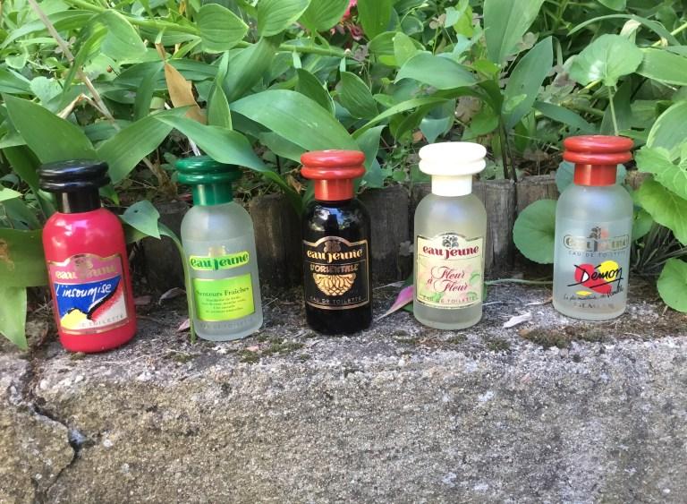 flacons vintage d' Eau Jeune