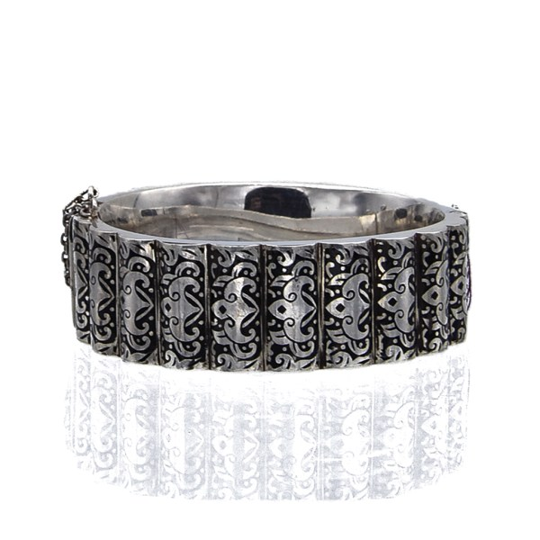 Victorian Silver & Black Enamel Bangle with Scalloped Edges, 1880