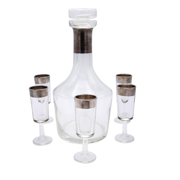 Dorothy Thorpe Silver band decanter with 5 (five) brandy glasses