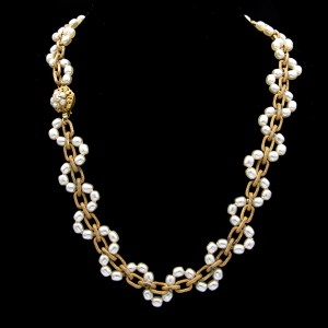 Miriam Haskell Gilt Oval Link Chain Necklace Woven with Pearls, 1960