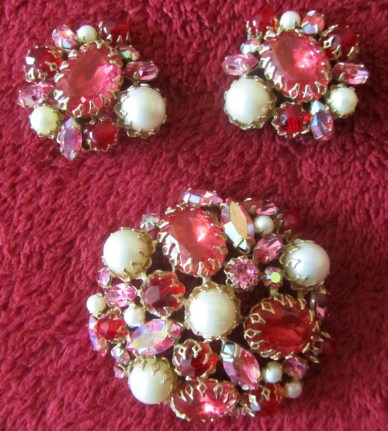 The red Schreiner demi parure