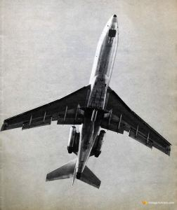 Read more about the article Boeing 727-100 Takes-Off