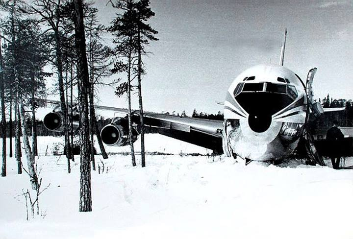 Korean Air Flight 902, Soviets Shoot Down Passenger Plane