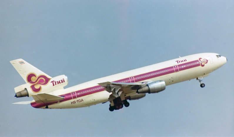 thai-dc-10-takeoff