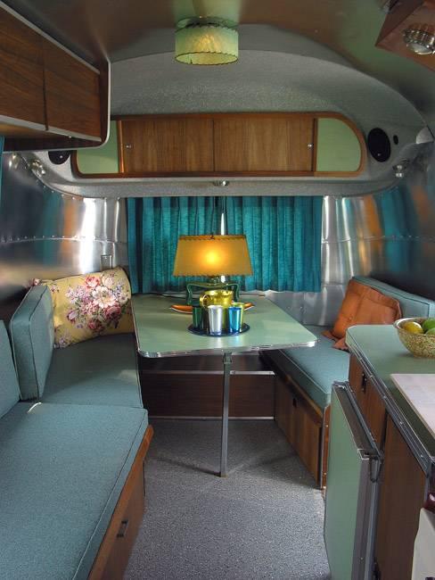 1968 Caravel 17 Winick Vintage Airstream
