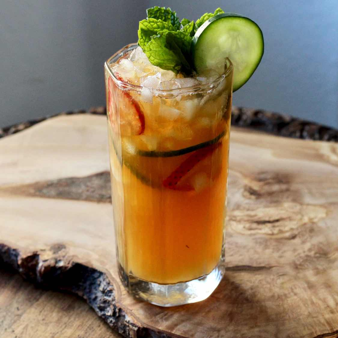 Pimm's Cup Cocktail - Classic Mid 1800s Pimms No.1 Recipe
