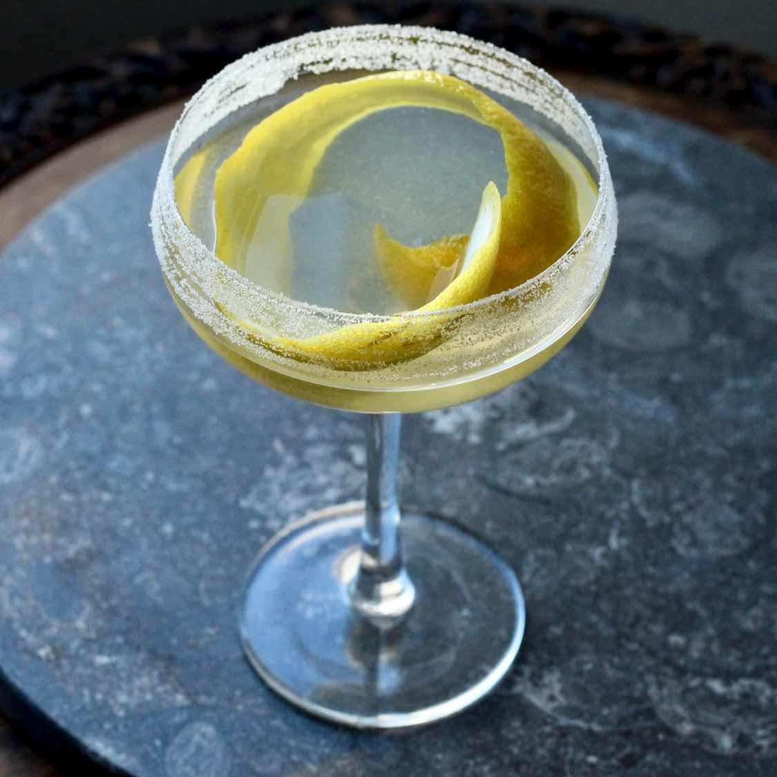 Gin Crusta Cocktail - Vintage 1860s Cocktail Recipe