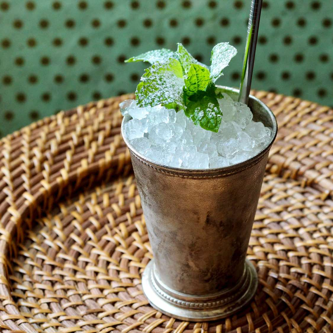 Mint Julep Cocktail | the Classic New Orleans Pre-Prohibition Recipe
