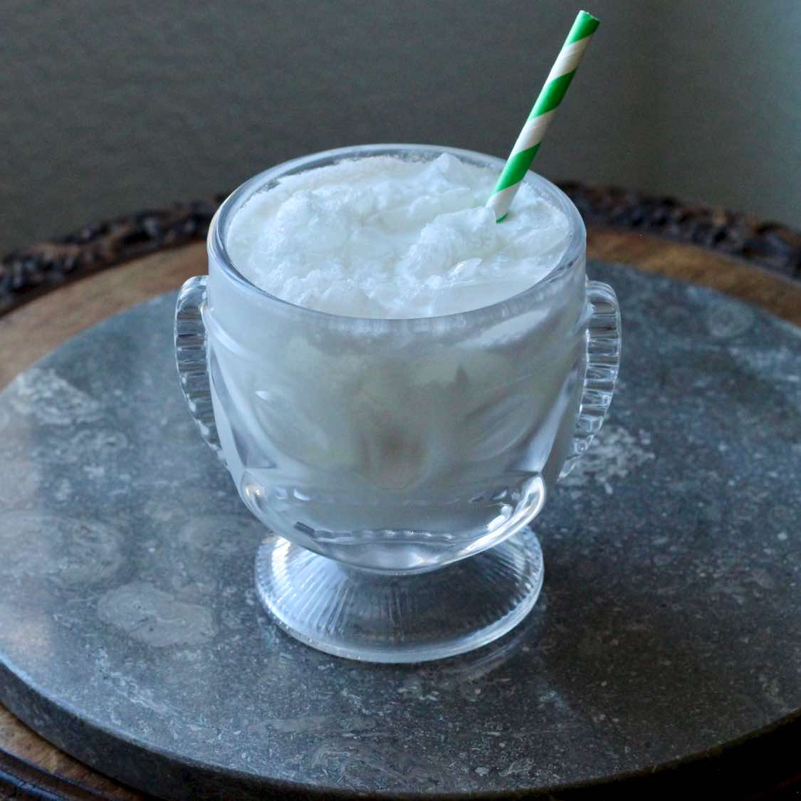 Coco Loco Cocktail - Outstanding Colombian Coconut Drink
