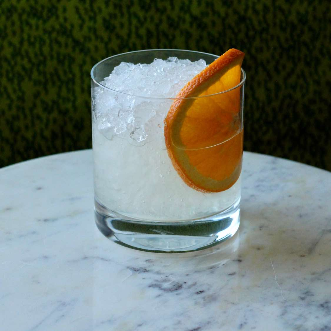 Gin Sour cocktail - Classic 1862 Jerry Thomas Recipe