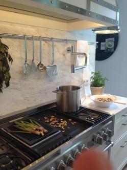 Cocina con grifo incorporado