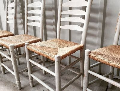 Witte Stoelen Met Rotan Zitting | Vintage Brabant