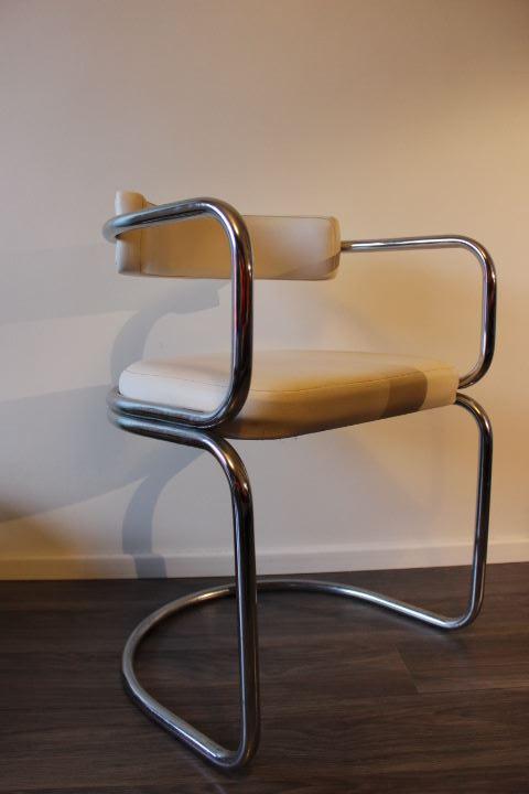 fauteuil design métal chromé et simili-cuir blanc