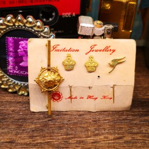 香港製造襟針 Imitation Jewelry