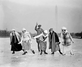 start-of-girls-race-ice-carnival-on-reflecting-pool-1925