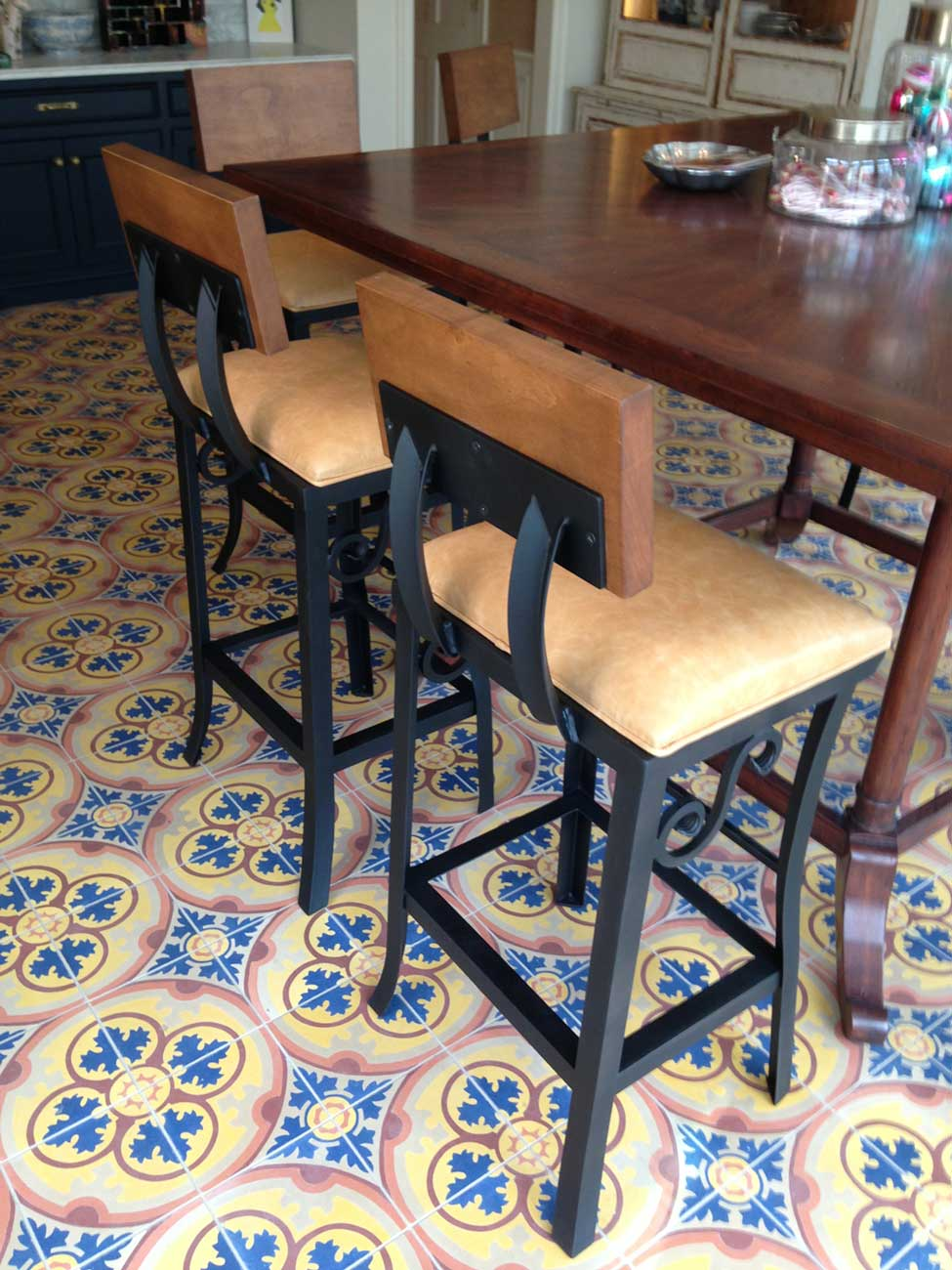 bar height upholstered chair