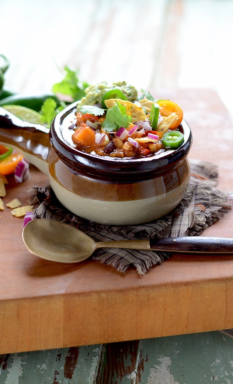Vegan Sweet Potato Chili with Black Beans and Quinoa stands up to the strongest scrutiny. Smoky spices, charred veggies and sweetness of sweet potatoes!
