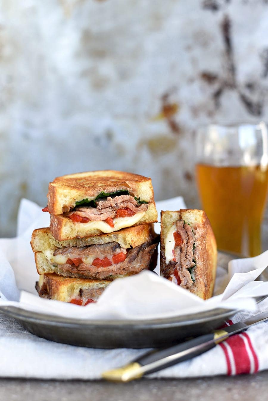 Everyone loves pub grub! You can create the gastro pub vibe at home with this spectacularly golden, pan grilled steak sandwich!