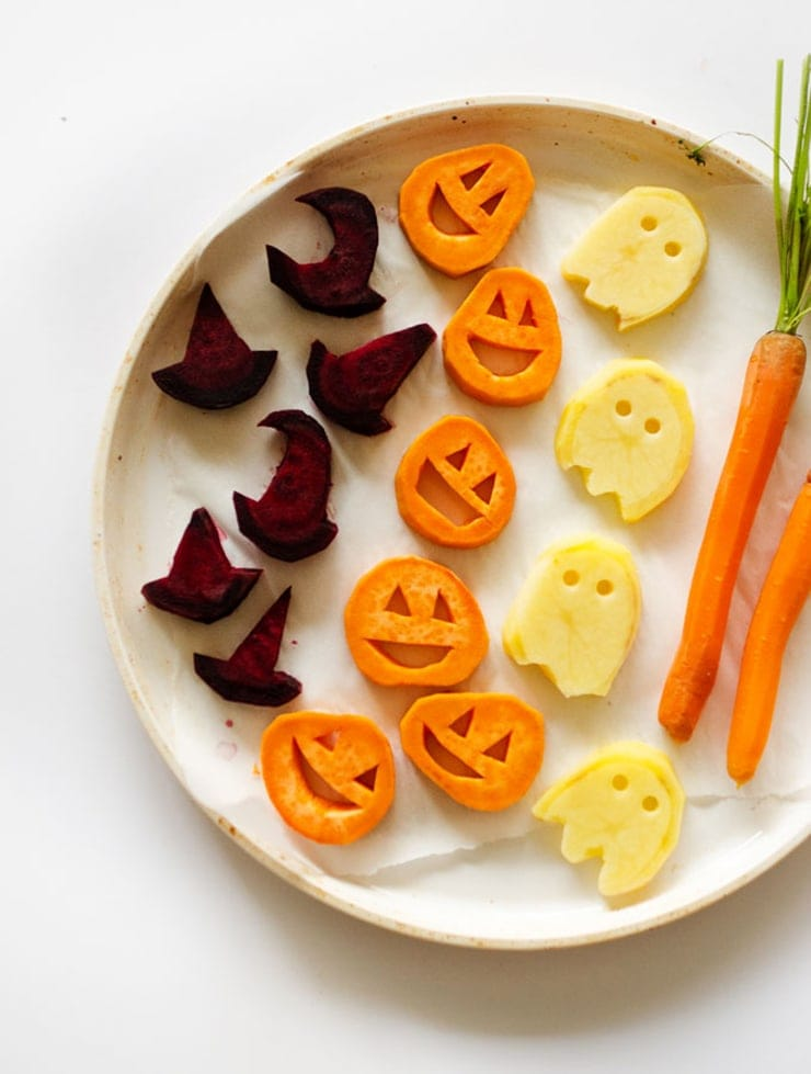 Halloween Roasted Veggies- Ghoulishly Good! #Halloween Party Recipes and Ideas