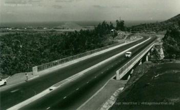 Colville Deverell - 1965 - M1 Motorway - Montage Ory