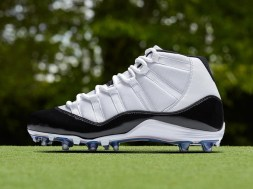 air-jordan-11-concord-cleats-nfl-playoffs