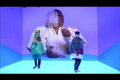 Kanye West & Lil Pump Hit the 'SNL' Stage Dressed as Popular Beverages