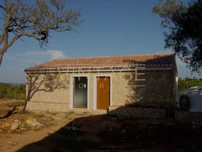 Construção de moradia revestimento de pedra