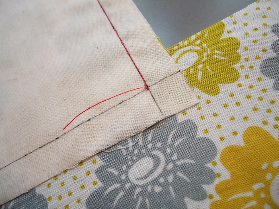 Sewing and prepping a corner seam