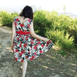 The Spring for Cotton Dress, V8789, back view | @vintageontap