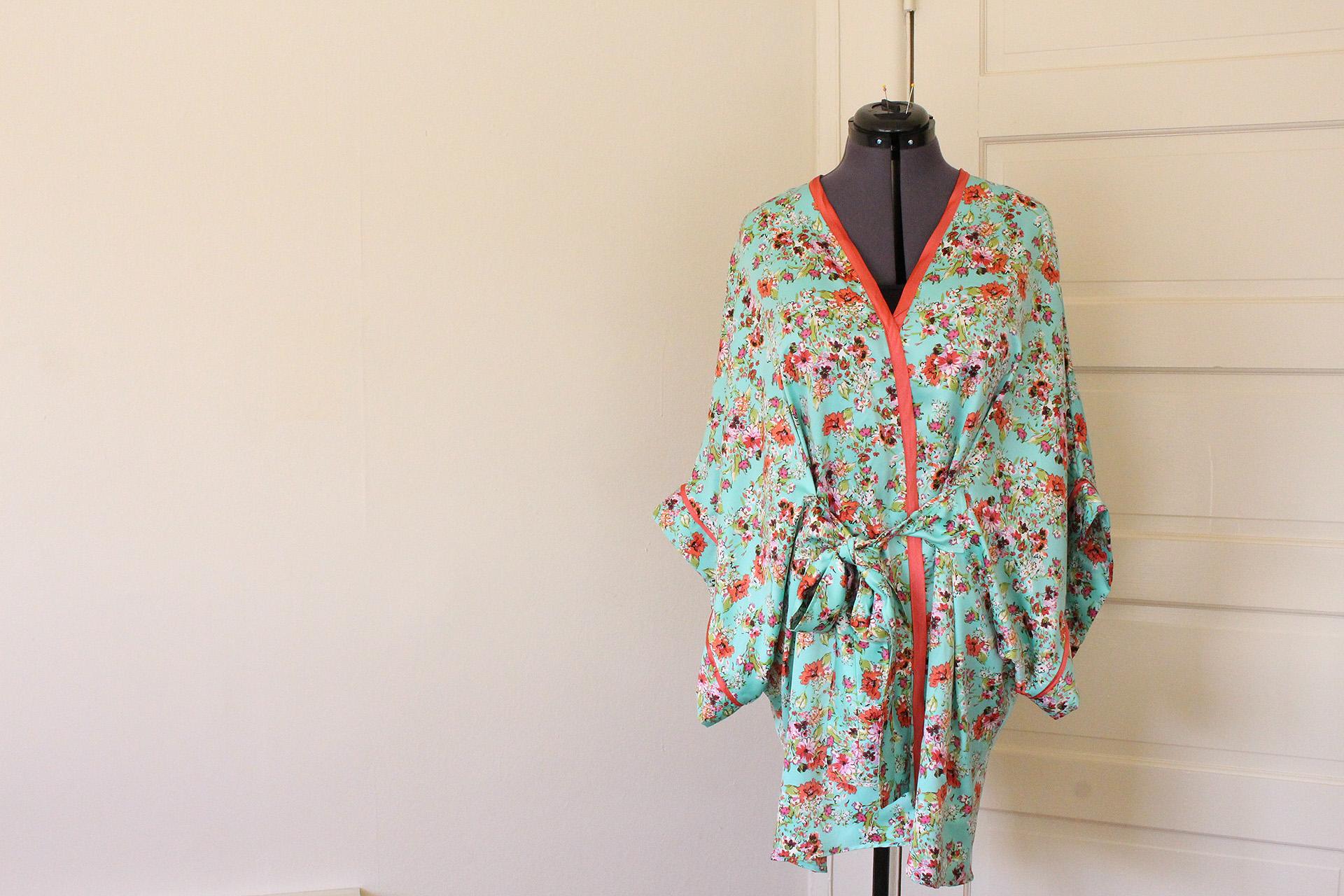 Completed Seamwork Almada Robe | @vintageontap