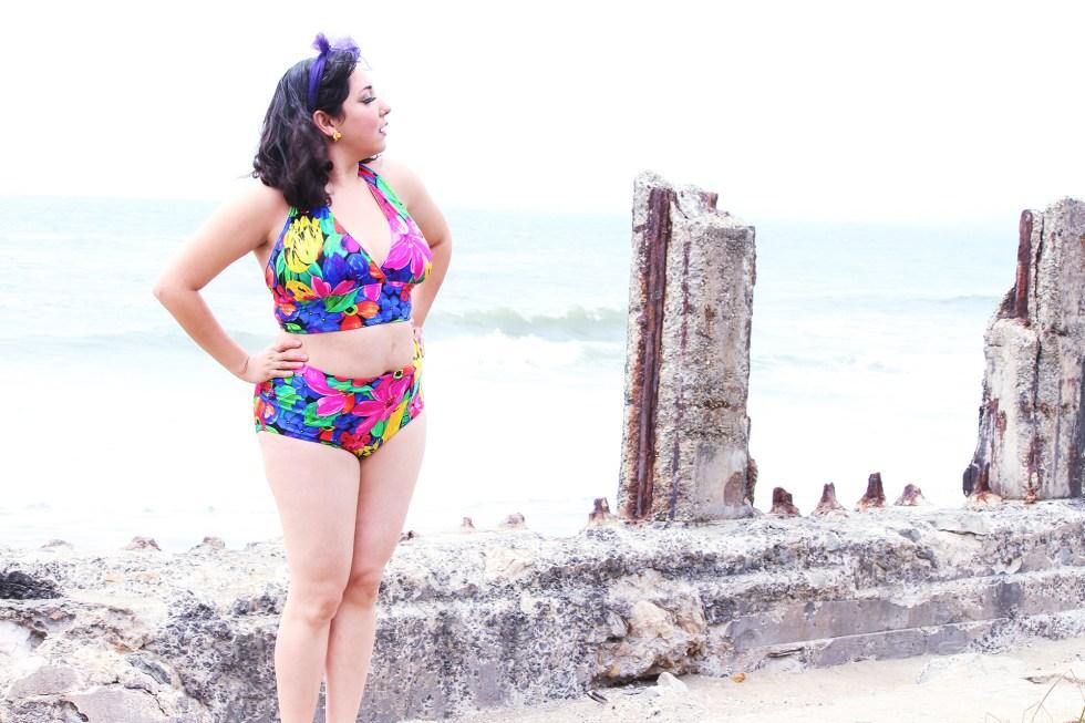 Looking around the Sutro Bath ruins in my pinup bathing suit, Sewing McCalls M7168 | @vintageontap