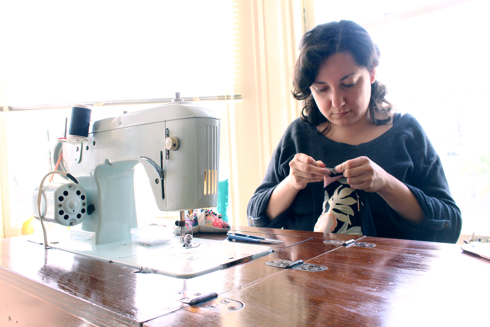 Sewing for the Retro Tiki Collab, Butterick B6354 | @vintageontap