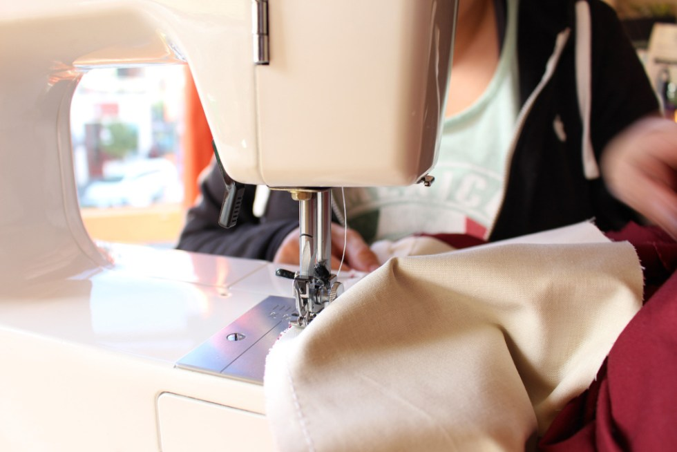Machine sewing, Vintage sewing techniques and walkthrough | Vintage on Tap