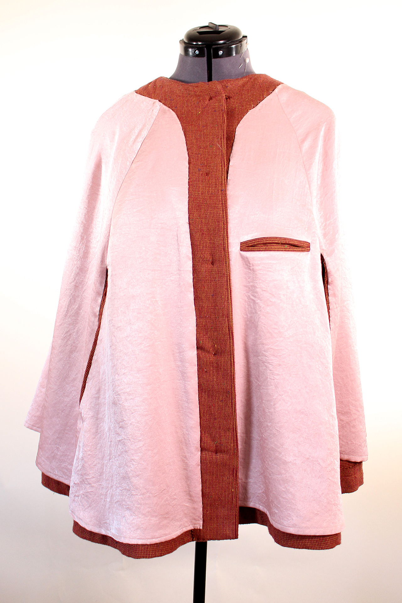 Front interior view of the vintage style Seamwork Camden cape | Vintage on Tap
