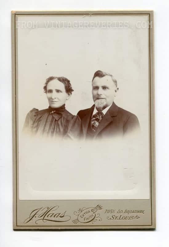 1800s family photo